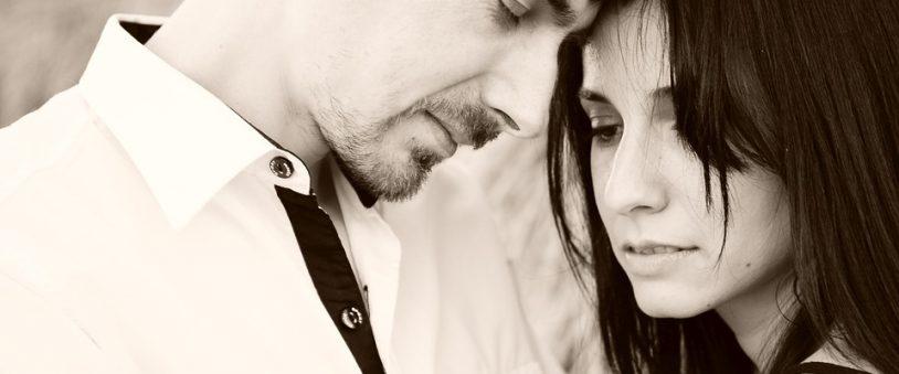 6 semne că ești îndrăgostită de un narcisist
